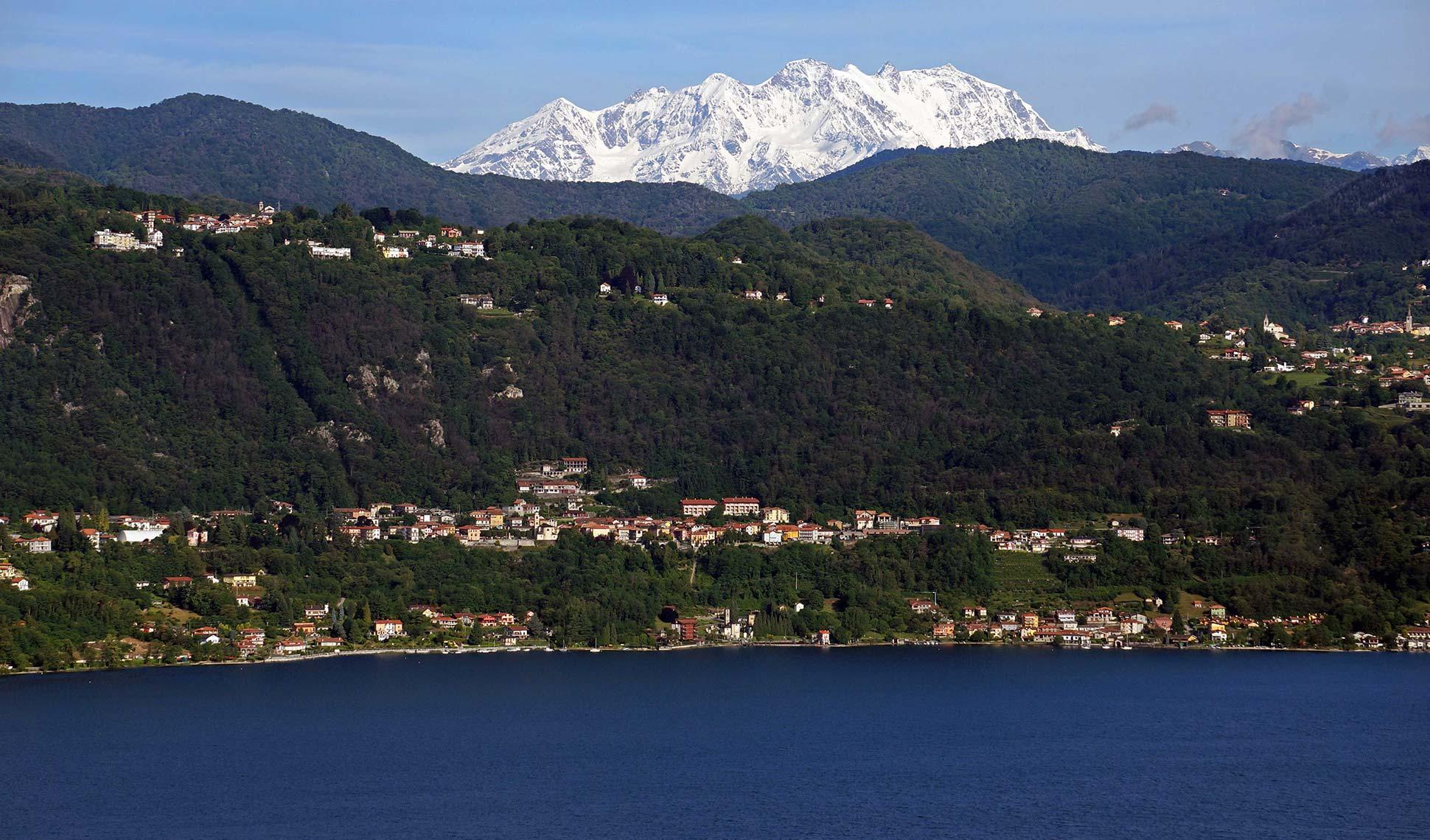 9-il-Lago-dOrta-e-il-Monte-Rosa-da-Via-Prisciola